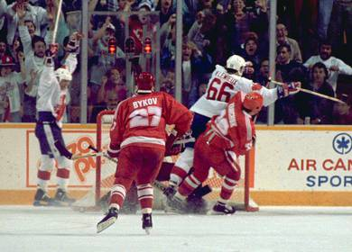 Magic of Gretzky and Lemieux in '87 Canada Cup resonates 25 years later